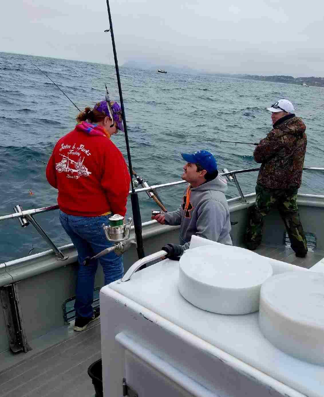 Dockside charters oregon coast fishing report for Depoe bay fishing charters