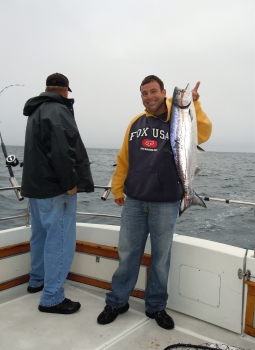 tuna fishing chartersBirthday Boy had Third Largest Salmon to Dads 2 Fish